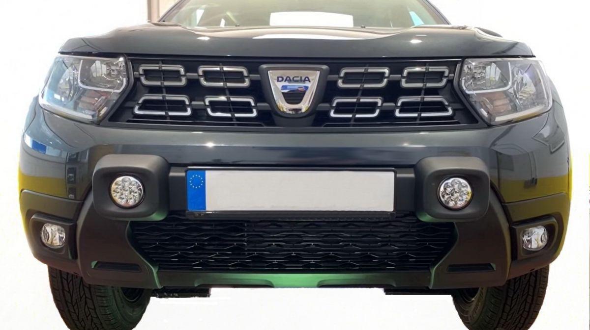 Duster II (2018-2021) - Faruri auxiliare LED pt bara fata- negru (Dacia Original)